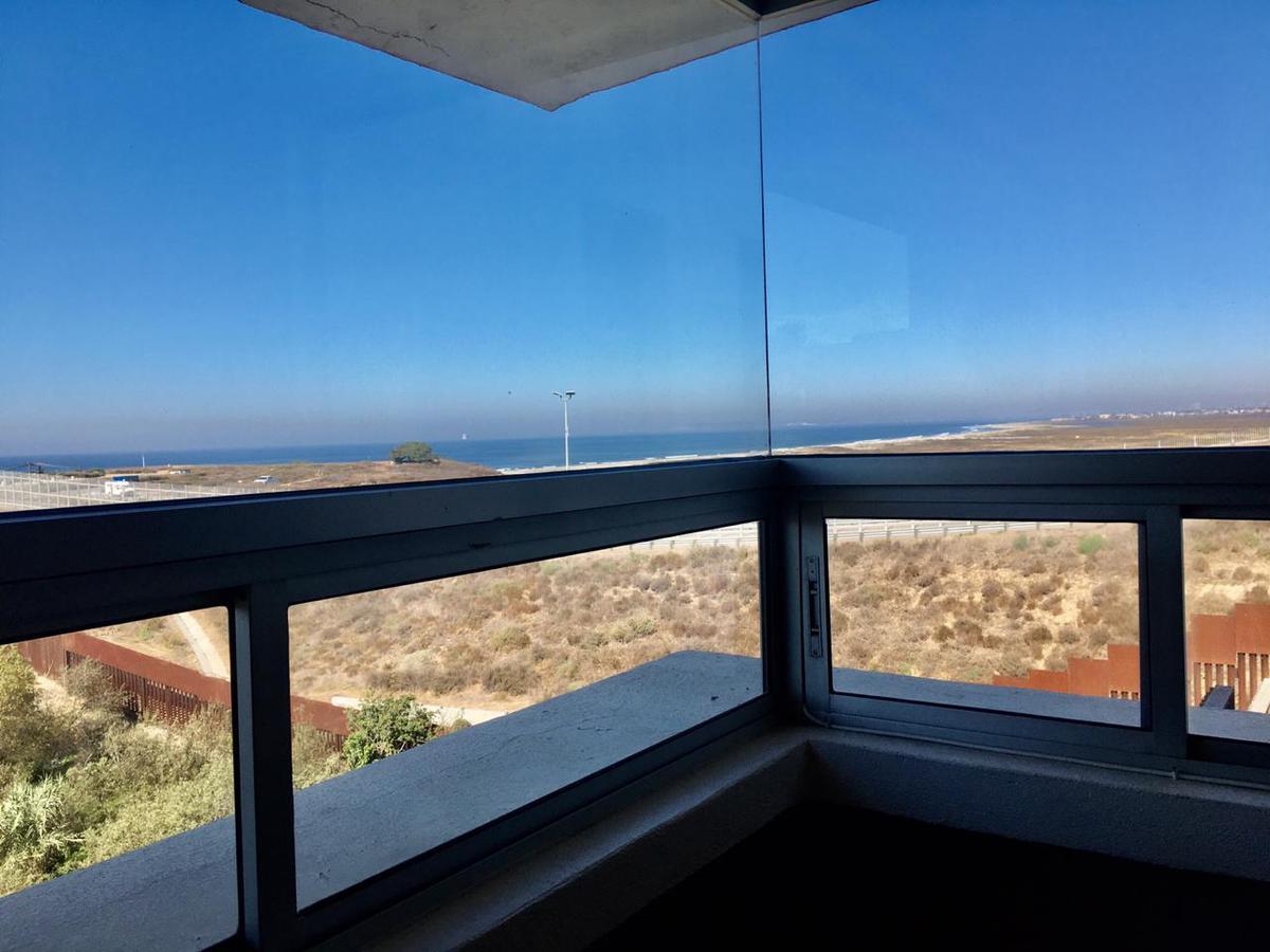 Foto Casa en Venta en  Playas de Tijuana,  Tijuana  GRAN OPORTUNIDAD! VENDEMOS MAGNÍFICA RESIDENCIA DE LUJO EN LA MEJOR ZONA DE PLAYAS, A UN PRECIO EXTRAORDINARIO
