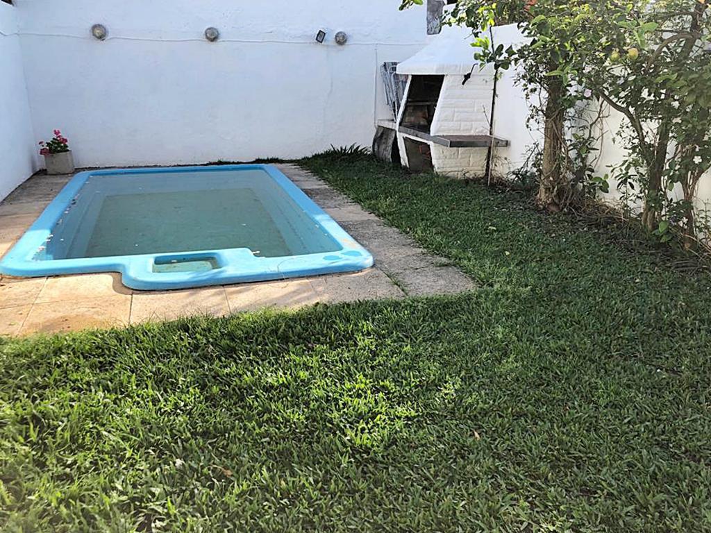 Foto Casa en Venta en  Carapachay,  Vicente Lopez  Saavedra al 3700