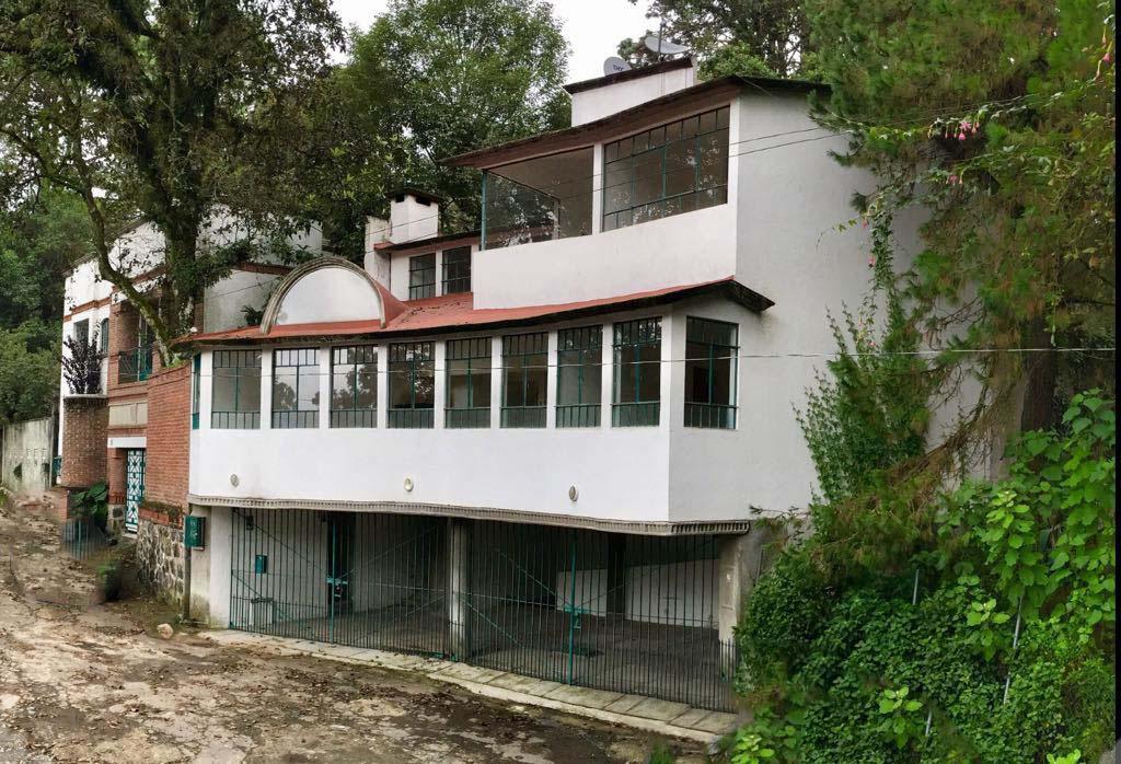 Foto Casa en Venta en  Fraccionamiento Real Monte Casino,  Huitzilac  Venta Casa Funcional al Norte de Cuernavaca, con Iluminación Natural - V160