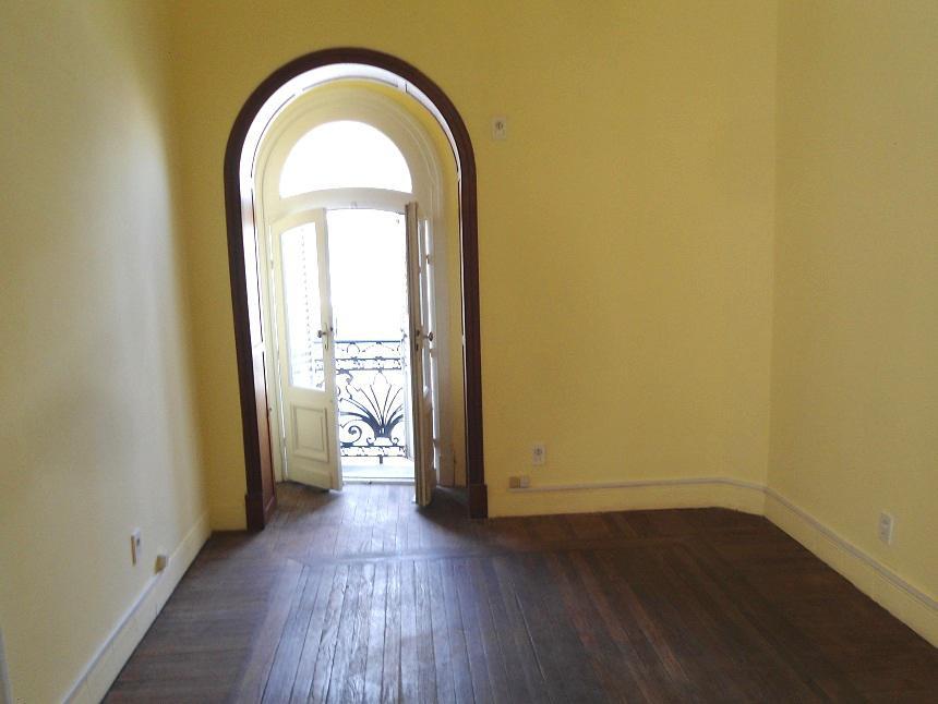 Foto Apartamento en Venta en  Centro (Montevideo),  Montevideo  Plaza Cagancha