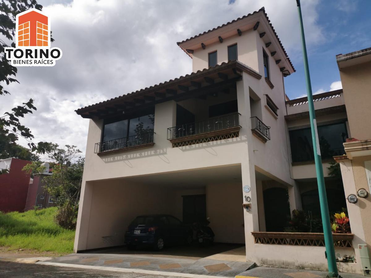 Foto Casa en Renta en  Fraccionamiento Real del Bosque,  Xalapa  HERMOSA CASA EN FRACC. REAL DEL BOSQUE XALAPA