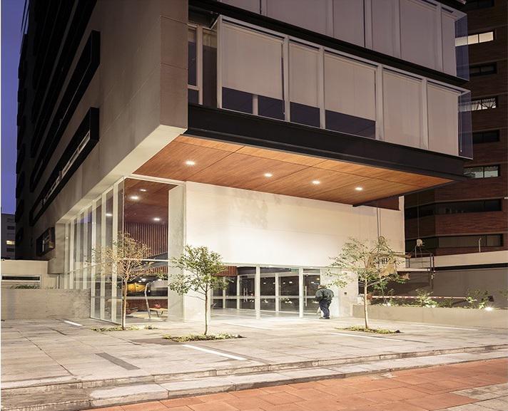 Foto Oficina en Alquiler en  La Carolina,  Quito  La Carolina