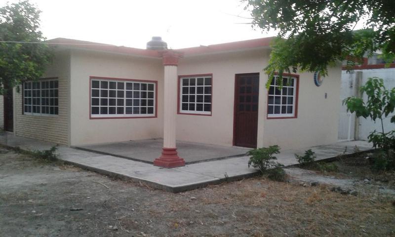 Foto Casa en Venta en  Ruiz Cortínez Ampliación,  Tuxpan  CASA EN VENTA COL. RUIZ CORTINES