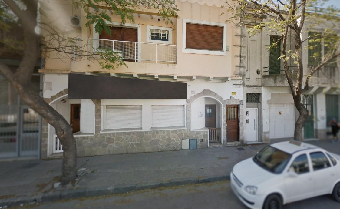 Foto Casa en Venta en  Bahia Blanca ,  Interior Buenos Aires  Brown al 500
