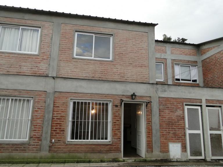 Foto Departamento en Venta en  Ezeiza ,  G.B.A. Zona Sur  de vedia 200