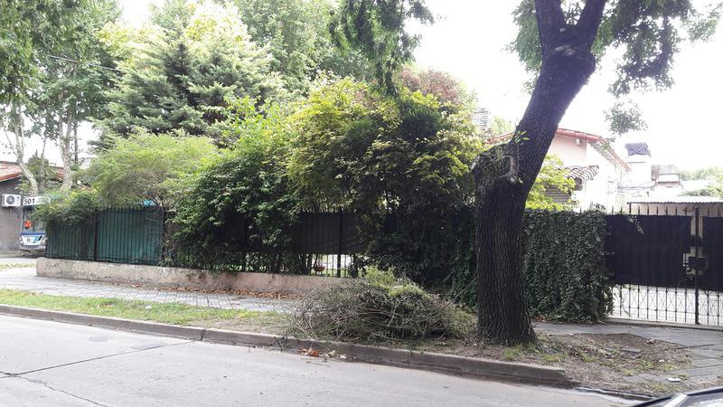 Foto Casa en Venta en  Monte Grande,  Esteban Echeverria  INDEPENDENCIA al 300