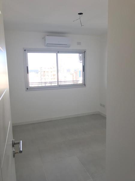 Foto Departamento en Venta en  Lomas de Zamora Oeste,  Lomas De Zamora  SARMIENTO 151 19º B