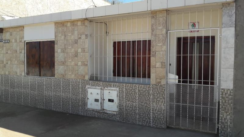 Foto Casa en Alquiler en  Villa Parque,  Santa Rosa  Telen al 2000