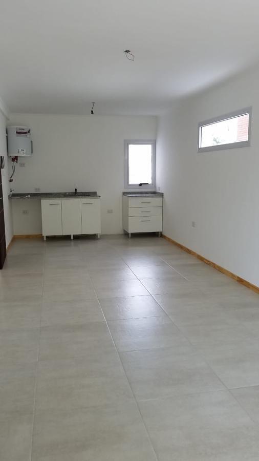 Foto Departamento en Venta en  Villa Saenz Peña,  Tres De Febrero  Estrada al 1200