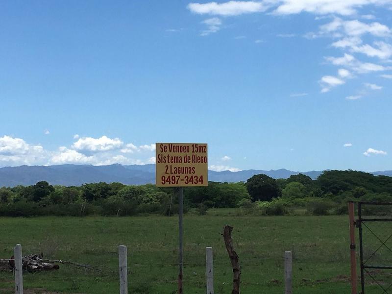 Foto Campo en Venta en  Brisas de Altamira,  Comayagua  Terreno en Carretera a La Paz