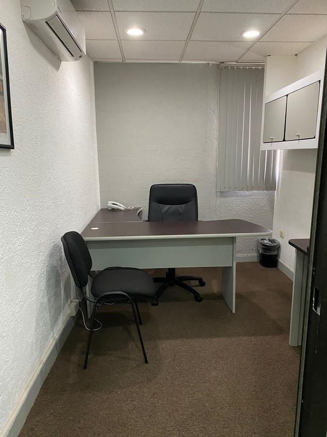 Foto Oficina en Renta en  Fraccionamiento Campestre,  Mérida  Renta Oficina Amueblada Fracc.Campestre.
