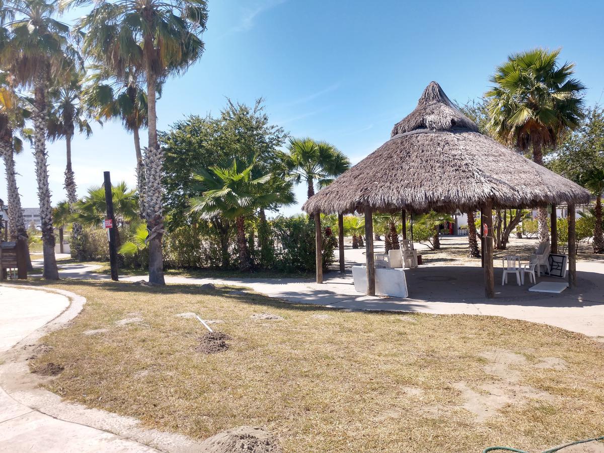 Foto Departamento en Venta en  Fraccionamiento Villas de Cortés,  Culiacán  Estrena Lujoso Depa  Brisas del Mar Nvo Altata 95m2