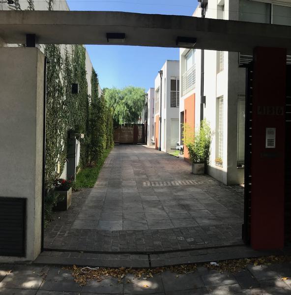 Foto PH en Venta en  Temperley Oeste,  Temperley  PROFESOR MARIÑO  456 e. Vicente Lopez y G. Spano
