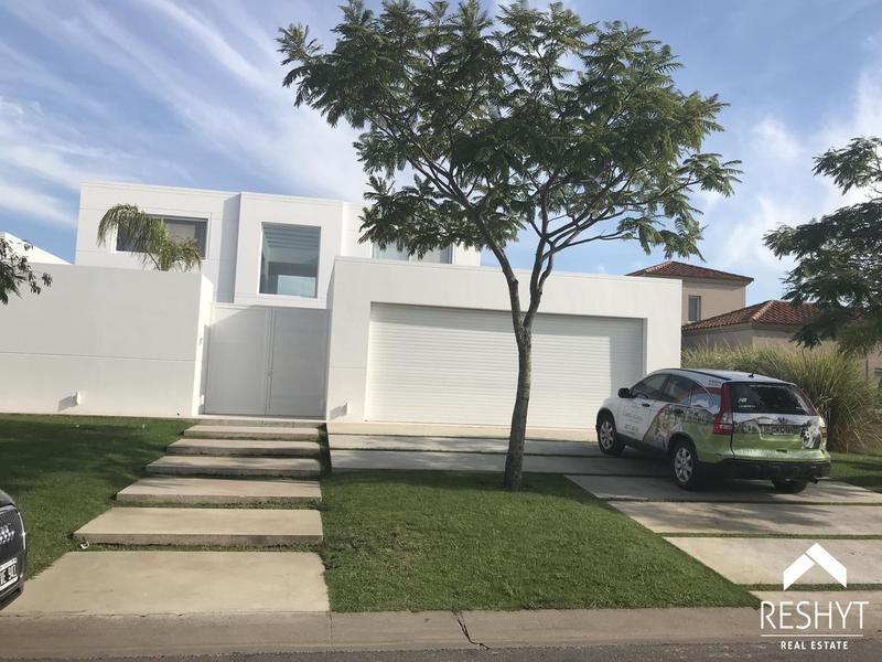 Foto Casa en Alquiler en  El Golf,  El Golf  EL GOLF - NORDELTA