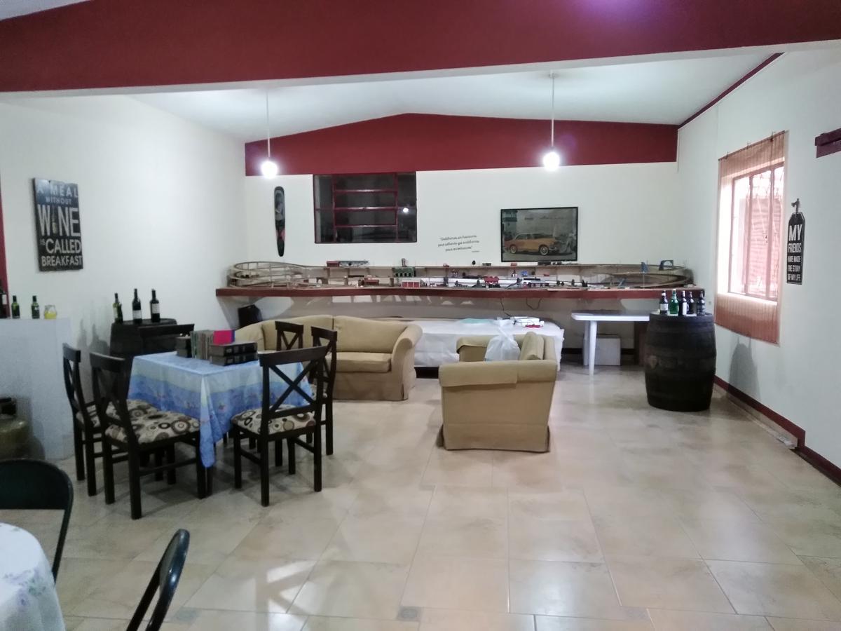 Foto Casa en Venta en  Paso de Carrasco ,  Canelones  Paso de Carrasco