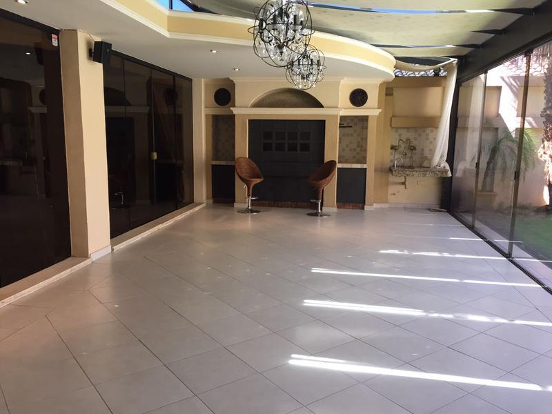 Foto Casa en Alquiler en  Seminario,  San Roque  Barrio Seminario