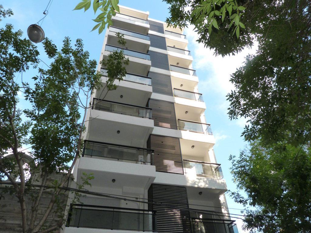 Foto Departamento en Alquiler en  Centro,  Rosario  Monoambiente - Colon 1429 05-01  - Terraza con quincho y parrillero