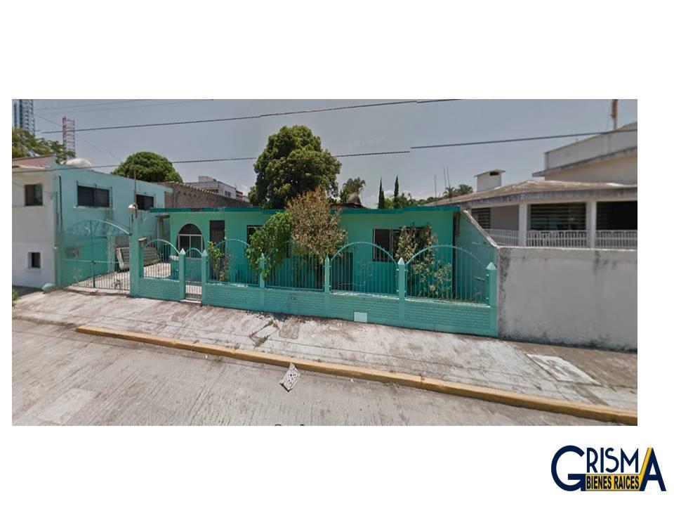Foto Casa en Venta |  en  Adolfo Ruiz Cortines,  Tuxpan  CASA  PARA REMODELAR