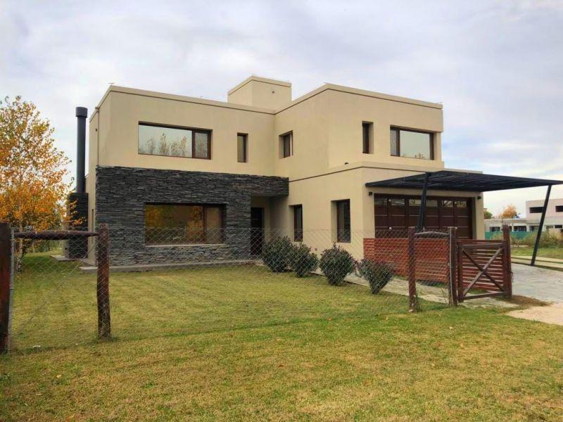Foto Casa en Venta en  Valentina Sur Rural,  Capital  La Zagala 100