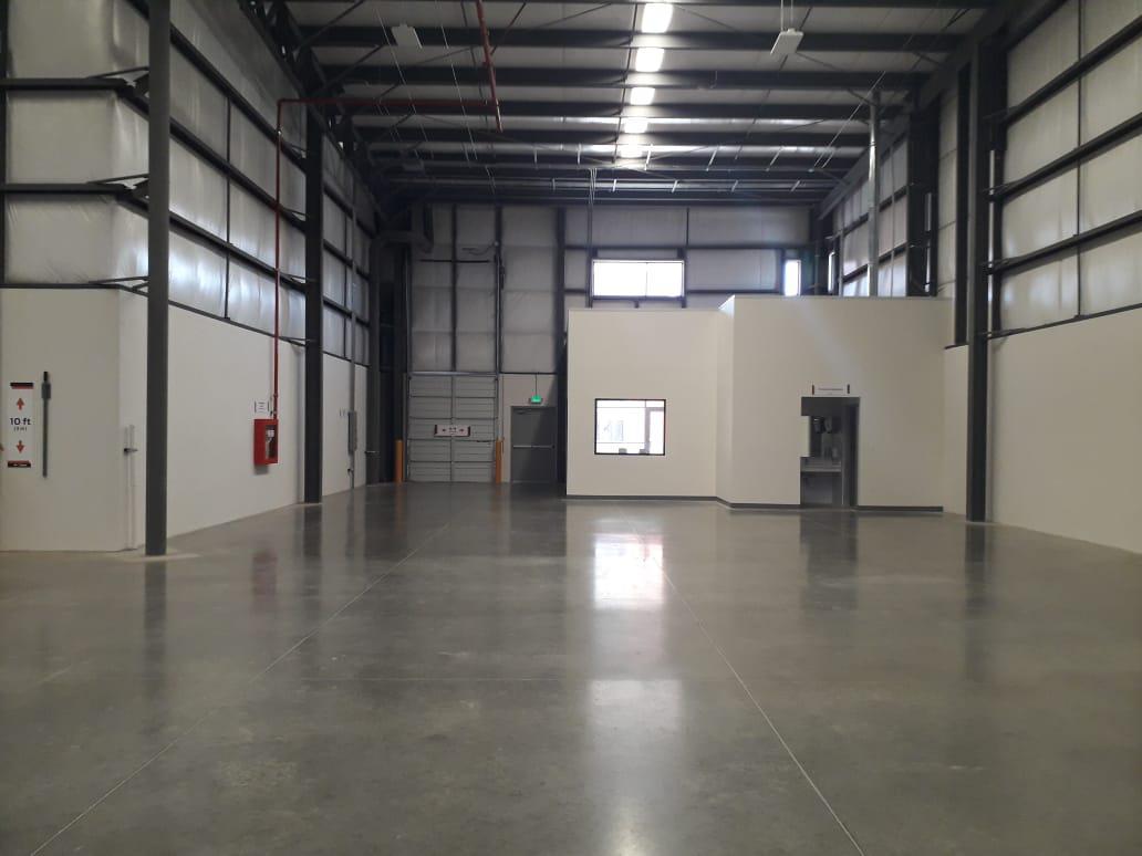 Foto Nave Industrial en Renta en  Paseos del Vergel,  Tijuana  RENTAMOS MARAVILLOSA NAVE NUEVA 8,100 MTS2  ó 87,197 PIES²   EN EXCELENTES CONDICIONES