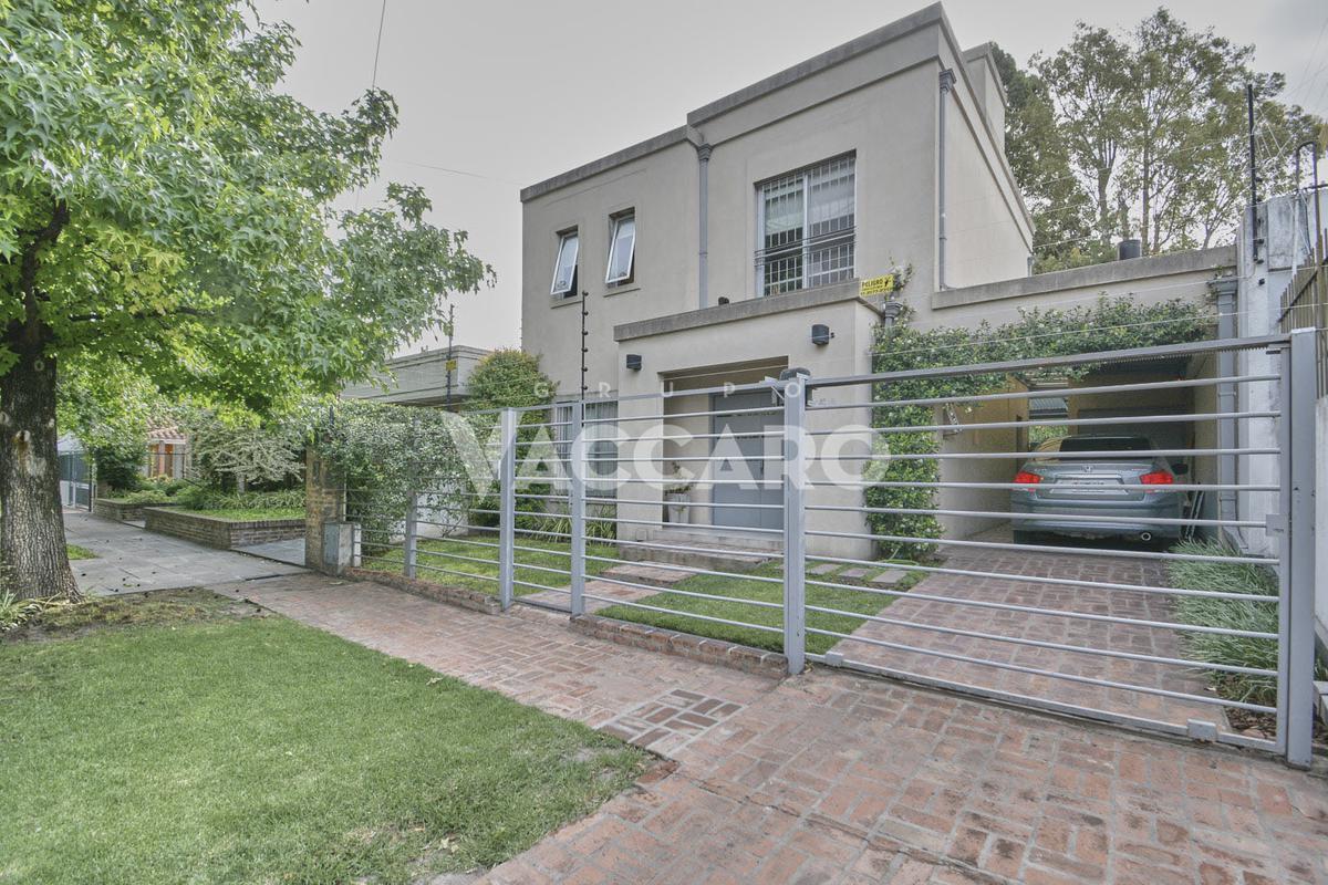 Foto Casa en Venta en MERLO al 700, Moron | Castelar | Castelar Norte