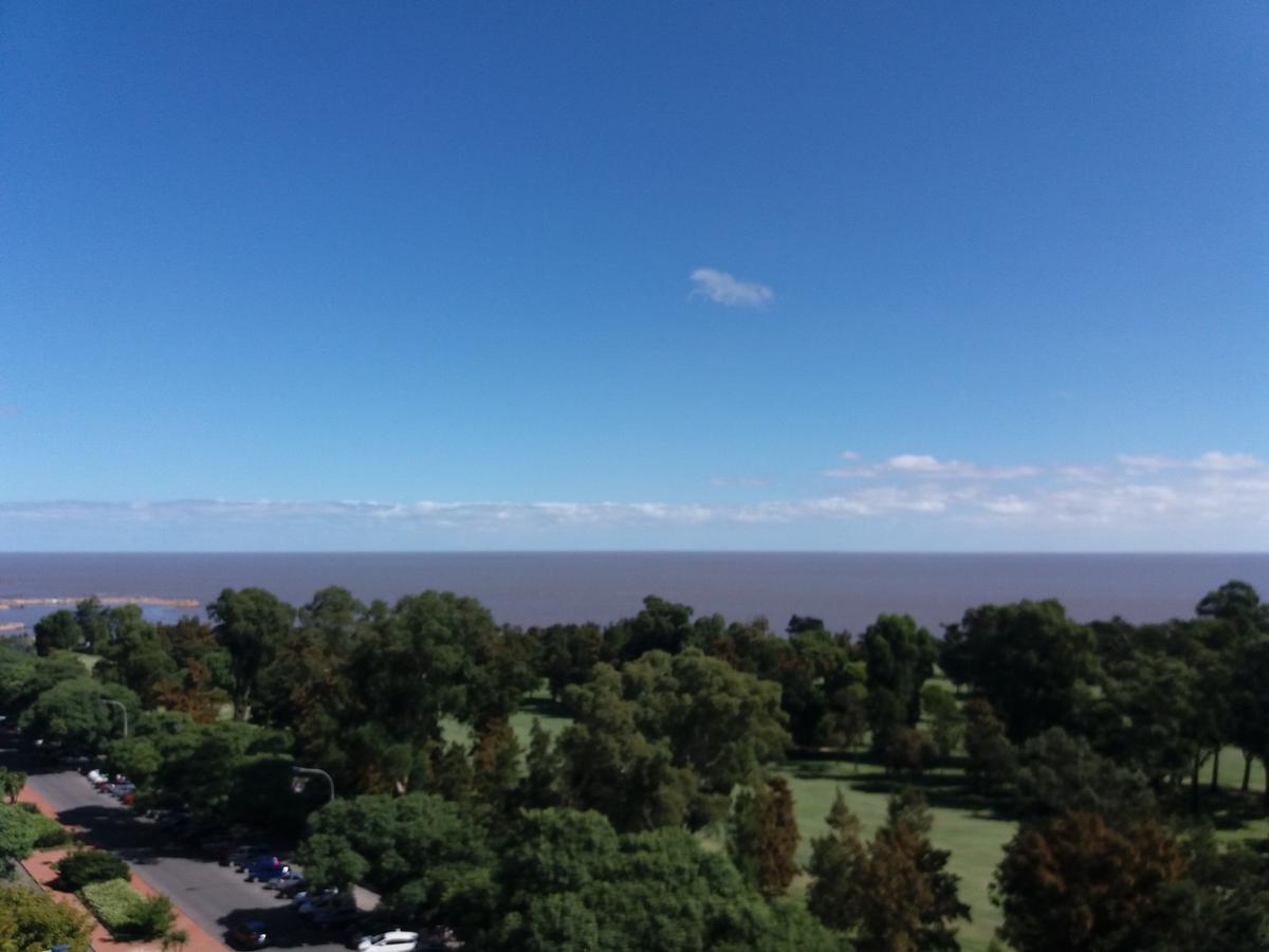 Foto Departamento en Alquiler en  Punta Carretas ,  Montevideo  Golf, piso alto 3 dormitorios, gge, 110m2 !!