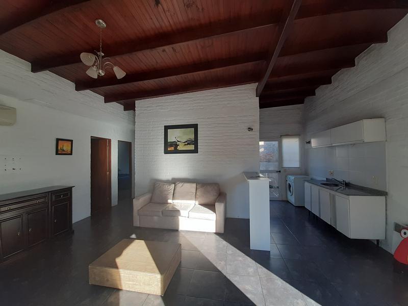 Foto Departamento en Venta en  Colonia del Sacramento ,  Colonia  Casa 2 dormitorios a 150 metros de la Plaza de Toros