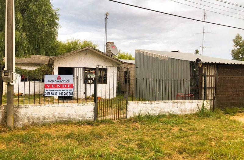 Foto Casa en Venta en  El Pinar ,  Canelones  Al norte de Interbalnearia
