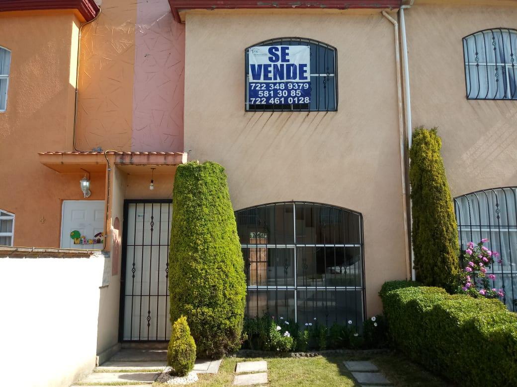 Foto Casa en condominio en Venta en  Toluca ,  Edo. de México  Casa en VENTA, Paseos del Valle 3, Toluca, Estado de México