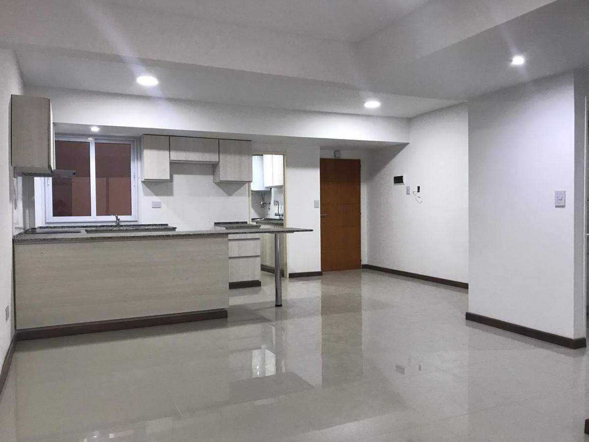 Foto Departamento en Venta en  Villa Devoto ,  Capital Federal  Gutemberg al 3547 1ºD