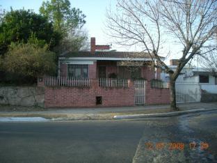 Foto Casa en Venta en  Saldan,  Colon  Avellaneda al 100