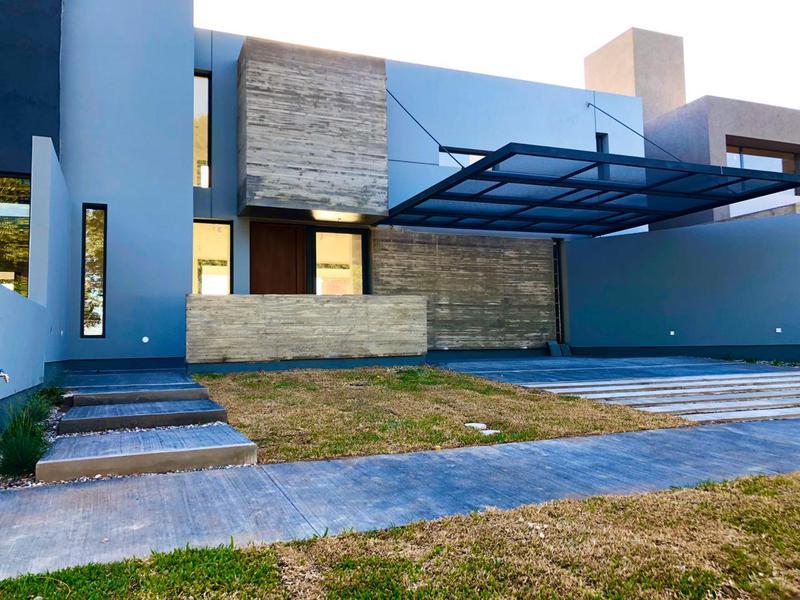 Foto Casa en Venta en  Camino a San Antonio,  Cordoba  La Calandria! Zona Sur! Casa de 3 Dormitorios a estrenar! Con seguridad 24 hs