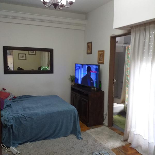 Foto Departamento en Venta en  Balvanera ,  Capital Federal  Ecuador al 800