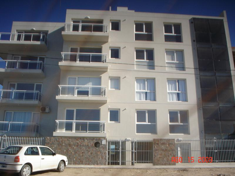 Foto Departamento en Alquiler en  Puerto Madryn,  Biedma  Av. Rawson n°1357 3° Piso C