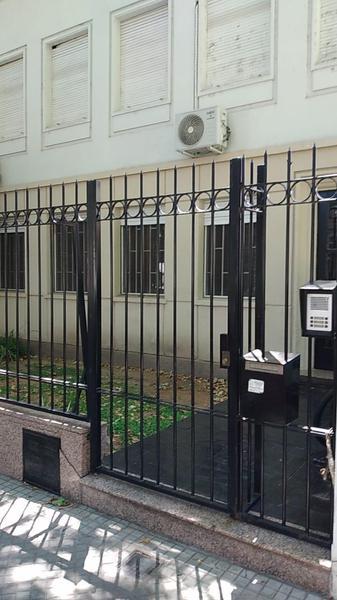 Foto Departamento en Venta en  Rosario ,  Santa Fe  Bv. Oroño 1037