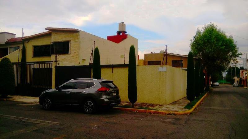 Foto Casa en Venta en  Valle Don Camilo,  Toluca  Casa en Venta en Valle Don Camilo Toluca