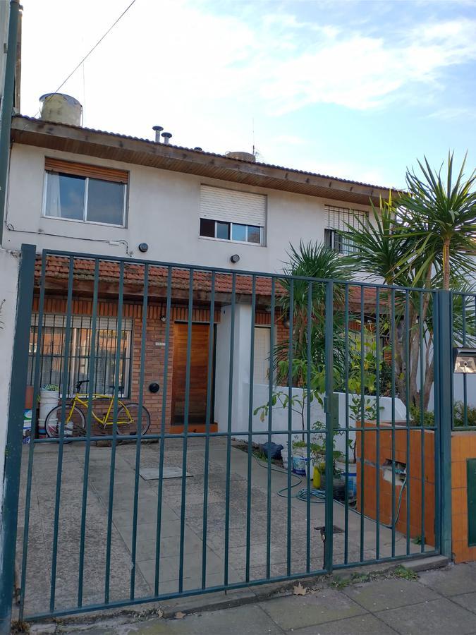 Foto Casa en Alquiler en  Olivos,  Vicente López  Caseros al 3400