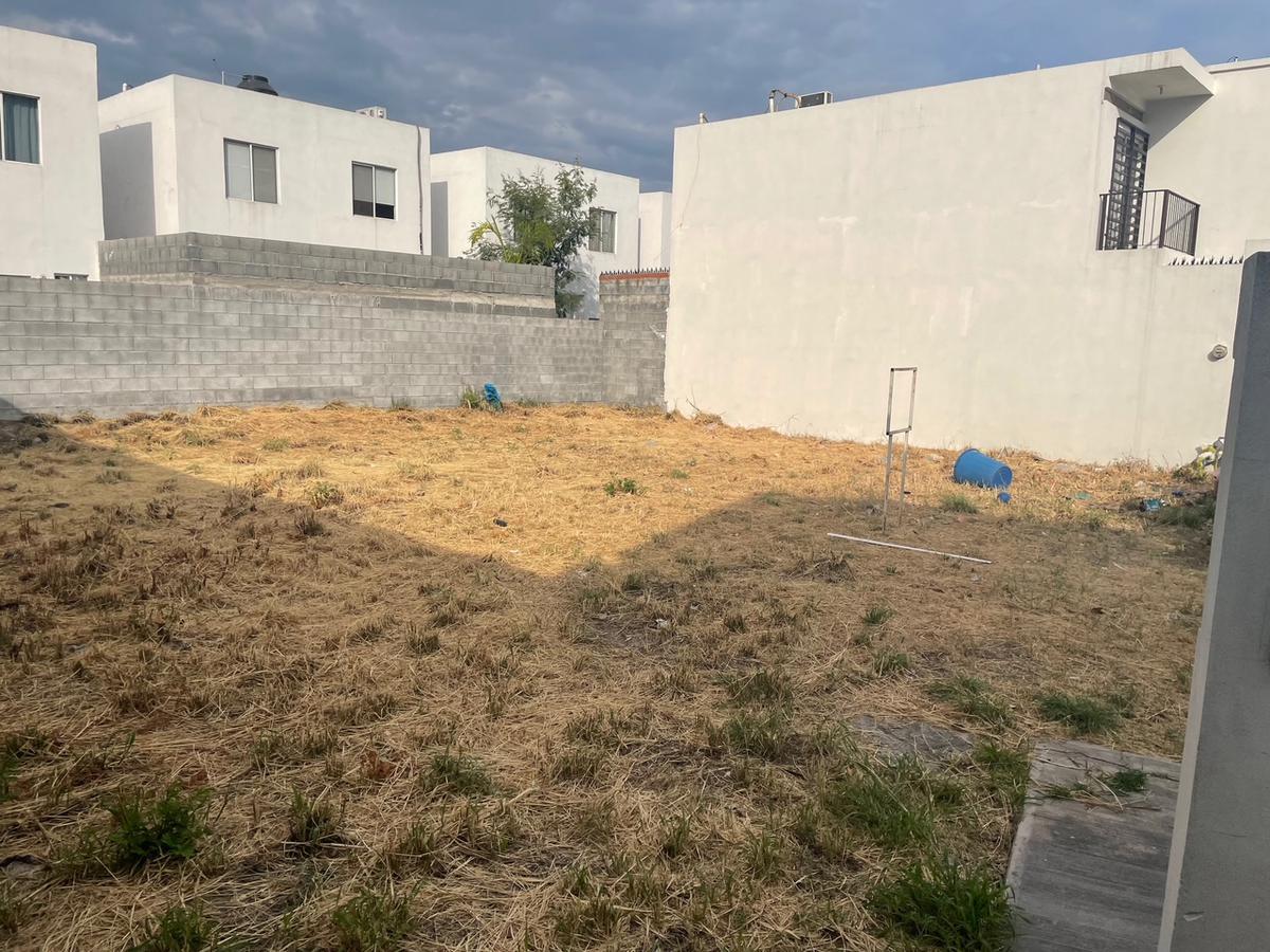 Foto Terreno en Venta en  Centrika 1 Sector,  Monterrey  Centrika Sillares