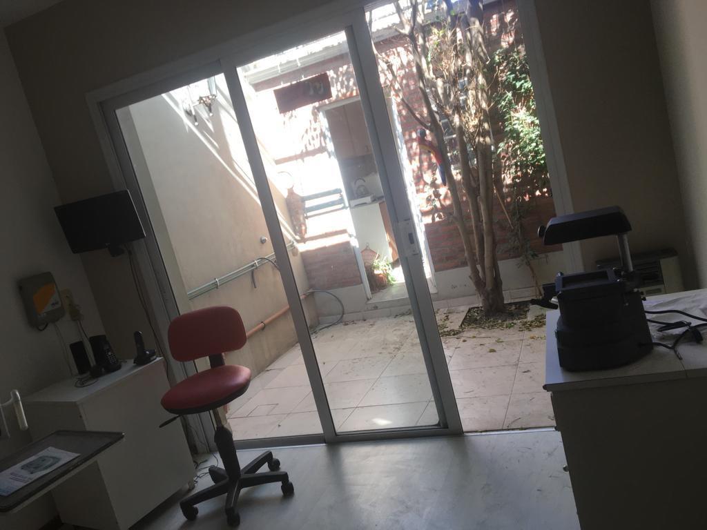 Foto Oficina en Alquiler en  Bahia Blanca ,  Interior Buenos Aires  Laprida al 200