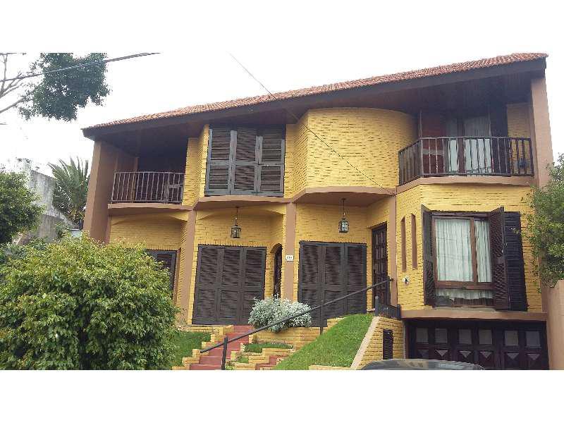 Foto Casa en Venta |  en  S.Fer.-Sta.Clara,  San Fernando  Máximino PEREZ al 600