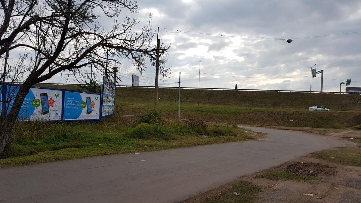 Foto Terreno en Venta en  Rosario ,  Santa Fe  Juan Pablo II al 3500