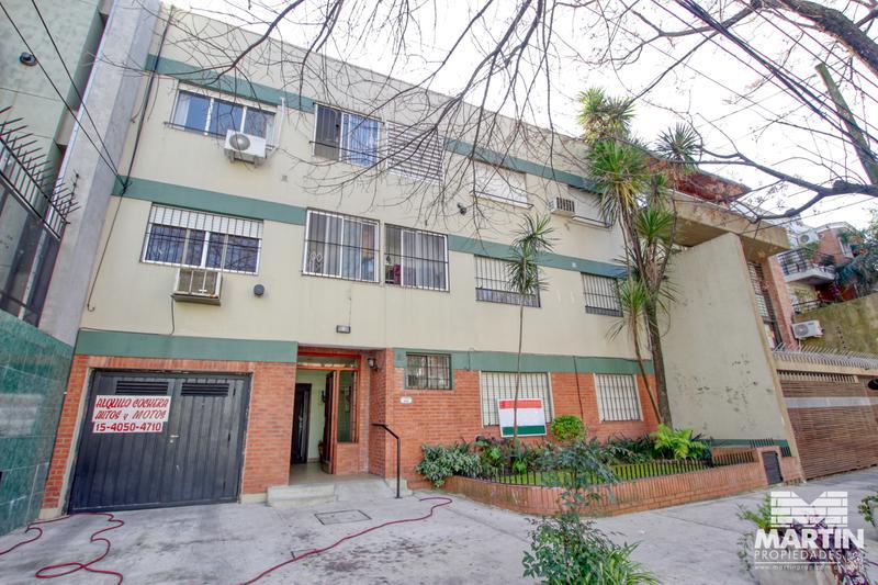 Foto Departamento en Venta en  S.Isi.-Centro,  San Isidro  3 de Febrero al 100