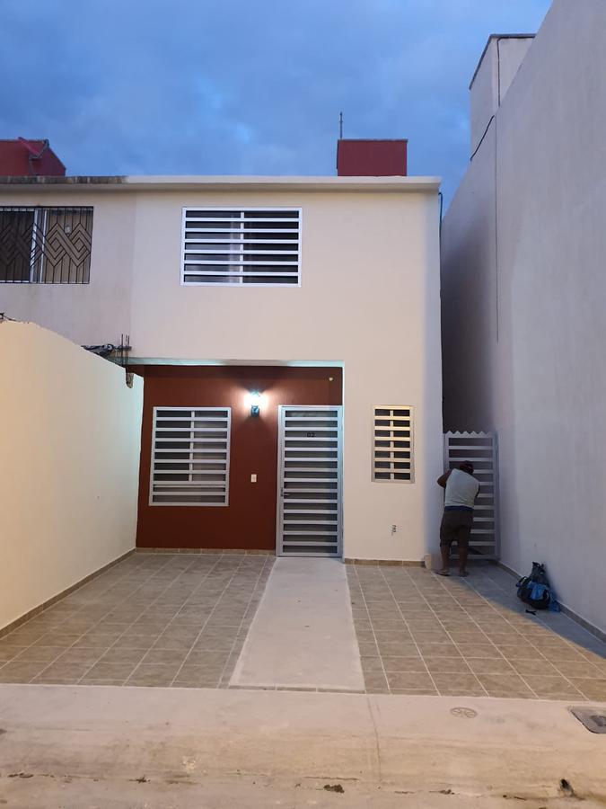 Foto Casa en Venta en  Cozumel ,  Quintana Roo  El Encanto  Calle Cerrada Cedro No. 2  Fraccionamiento el Encanto