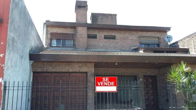 Foto Casa en Venta |  en  San Miguel ,  G.B.A. Zona Norte   Av. Balbin al 5200