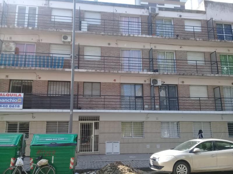 Foto Departamento en Alquiler en  Rosario,  Rosario  Vera mujica 635  03-03