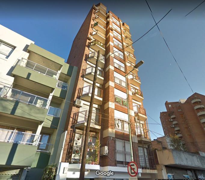 Foto Departamento en Venta en  Lomas de Zamora Oeste,  Lomas De Zamora  Alem 334 piso 2 C (2do cuerpo)