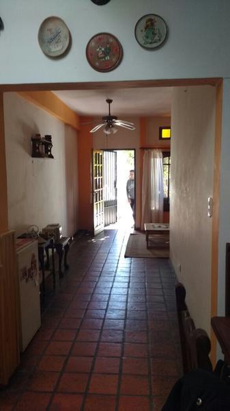 Foto Casa en Venta en  Moreno,  Moreno  Saenz Peña entre Antartida Argentina y Centenario - Moreno Sur - Barrio Alcorta