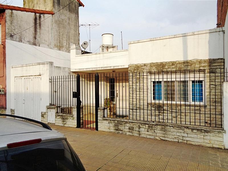 Foto Casa en Venta en  Carapachay,  Vicente Lopez  Rafael Obligado al 6100