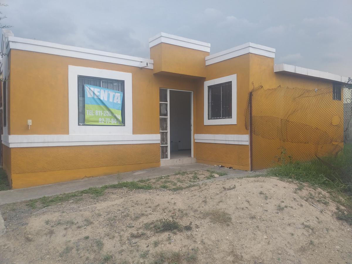 Foto Casa en Venta en  Sierra Real,  García  Sierra encantada #102 Col. Sierra Real primer sector, García, Nuevo León