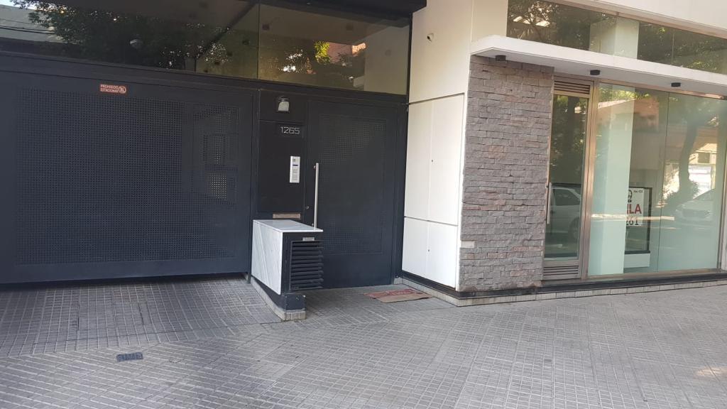 Foto Cochera en Venta en  Centro,  Rosario  Cerrito 1264